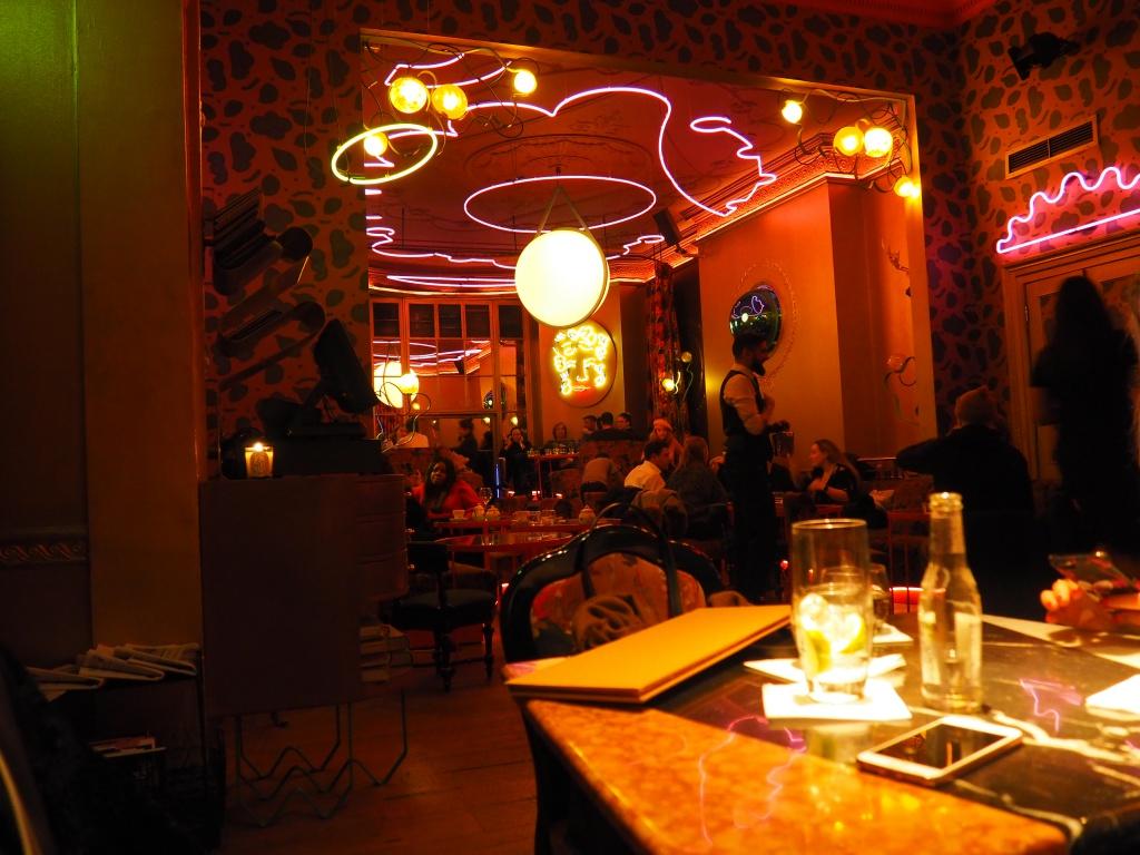 The Paloure - Frühstücksrestaurant & Bar mit Live-Musik
