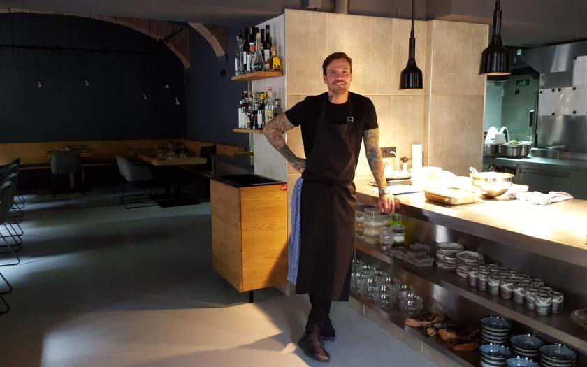 Fabian Günzel im Restaurant Aend