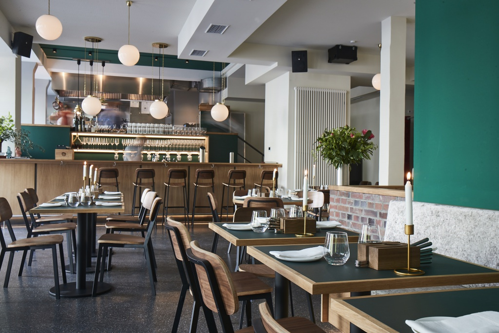 Gastraum-Restaurant-Klinker-c-Volker-Renner